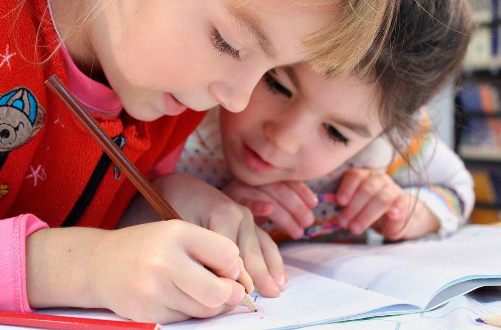 Cómo motivo a mis hijos en sus estudios